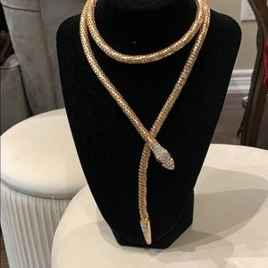 Jewelry - Serpent necklace